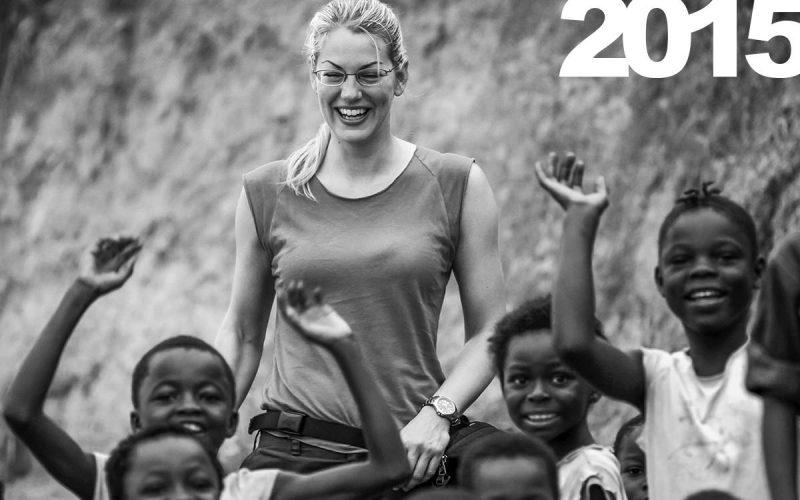 Freundlicher Empfang: Christina Karliczek am Kongofluss